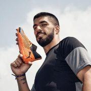Luis Suárez Puma Football'a İmza Attı