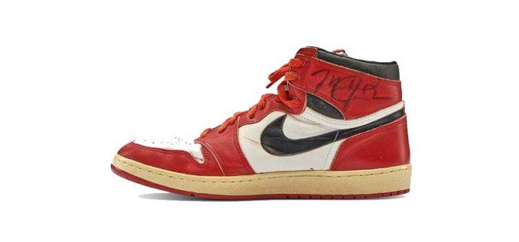Michael Jordan'ın Giydiği Air Jordan 1 Modeli 560.000 Dolara Alıcı Buldu